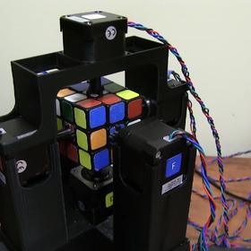 Jak ułożyć kostkę Rubika w sekundę?