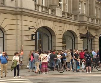 ewakuacja sklepu Apple