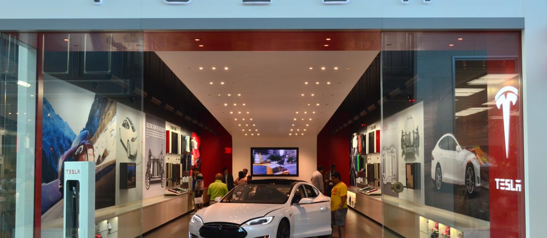 Tesla szykuje własny serwis streamingowy