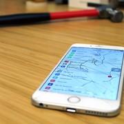 rozbity wyświetlacz w iPhonie