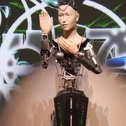 W Japonii mnisi zaczęli czcić robota reprezentującego boginię miłosierdzia