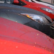 zaparkowane samochody