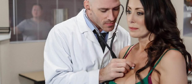 łysy z Brazzers jako lekarz
