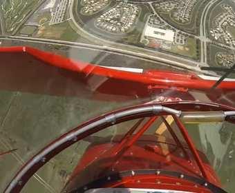 Wideo z samolotem spadającym na ziemię po usterce sinika