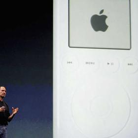 Apple wycofuje ze sprzedaży iPody. To koniec pewnej epoki!