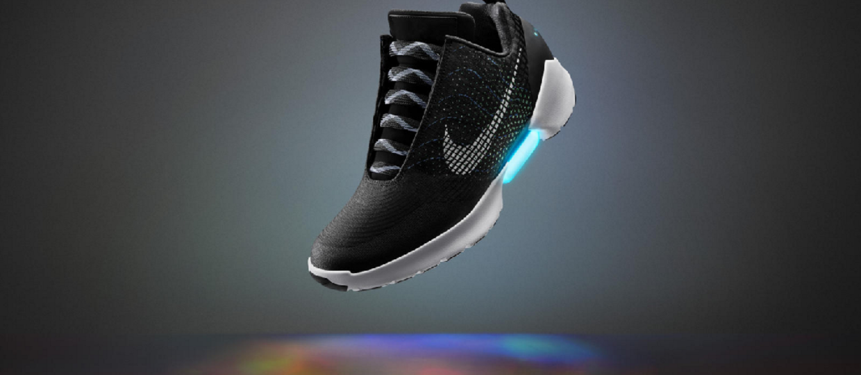 Nike HyperAdapt -  prawdziwe samowiążące się buty