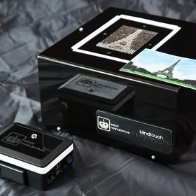 Pierwszy na świecie aparat fotograficzny dla niewidomych