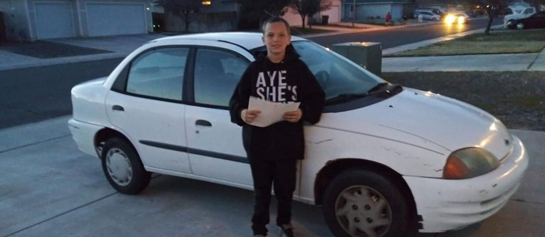 13-latek sprzedał swojego Xboksa, żeby kupić mamie samochód
