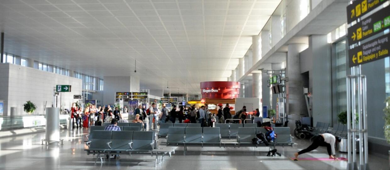 poczekalnia na lotnisku