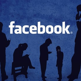 sylwetki osób na tle logo facebooka