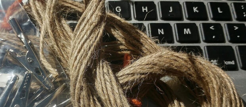 Podłączyli się do internetu za pomocą sznurka. Bo mogli