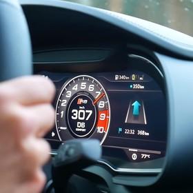 foto: licznik w Audi R8