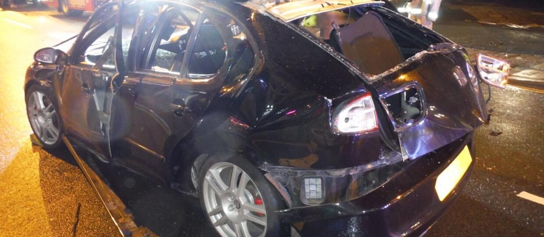 samochód po wybuchu