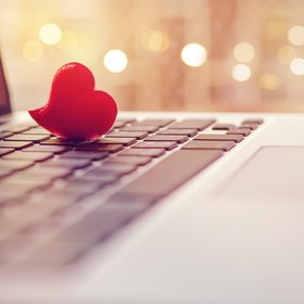 serce na klawiaturze