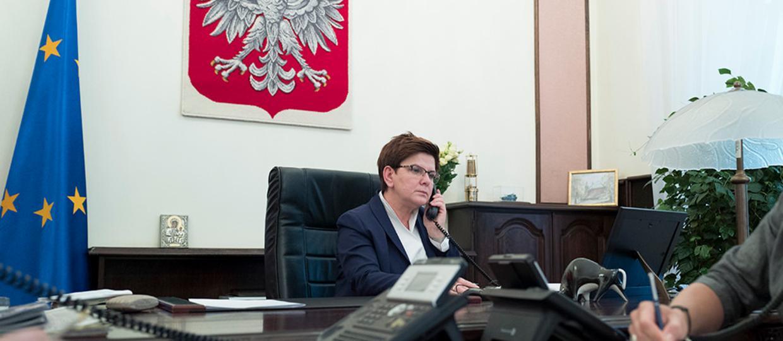 Wpadka Beaty Szydło – rozmawiała przez wyłączony telefon