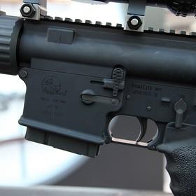 YouTube banuje filmy o modyfikacji broni