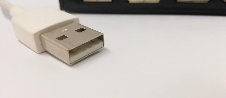 Wtyczka USB nie pasuje za pierwszym razem, bo tak postanowili twórcy standardu