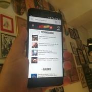 HTC U11 - smartfon do serdecznych uścisków