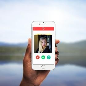 Randkowicze z iPhone'ami gardzą kandydatami z Androidem