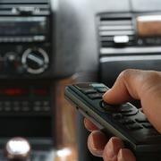 TVP chce ścigać kierowców za radio w samochodzie