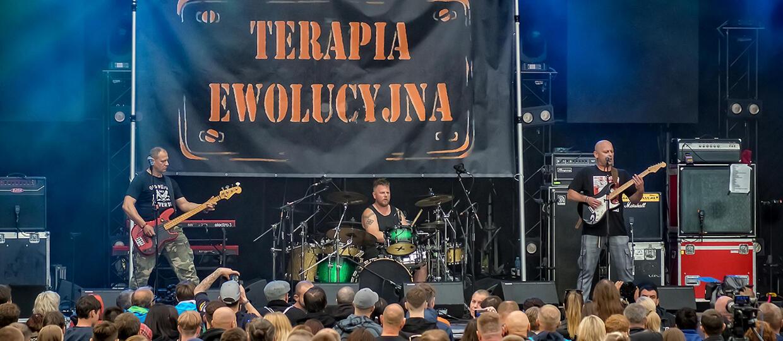 Terapia Ewolucyjna zagrała w Krakowie. Grupa reaktywował się po ćwierć wieku [ZDJĘCIA]